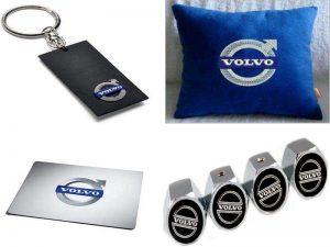 Аксессуары для Вольво: брелок, колпачки на ниппели, автомобильная подушка, коврик для мыши
